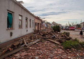 foto: T. Bednarz - Moravská_Nová_Ves_after_2021_South_Moravia_tornado_strike_(46)